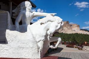 Crazy Horse-1